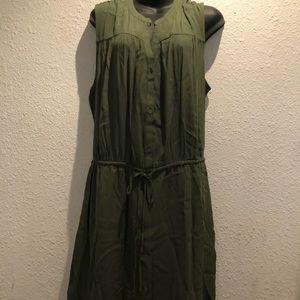 Gap sleeveless olive green maxi dress. Size XL